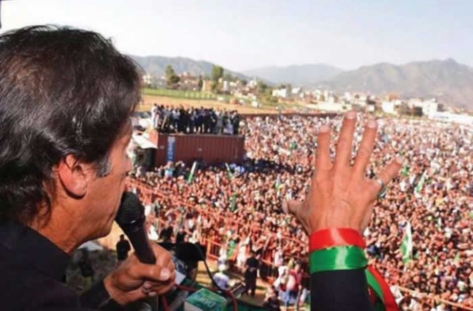 Imran accuses Zardari, Sharif of election rigging
