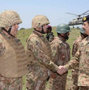Pakistan fully prepared to respond to any threat: Gen Raheel