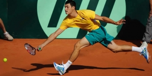 Tennis Top Seed Tomic Stunned In Istanbul