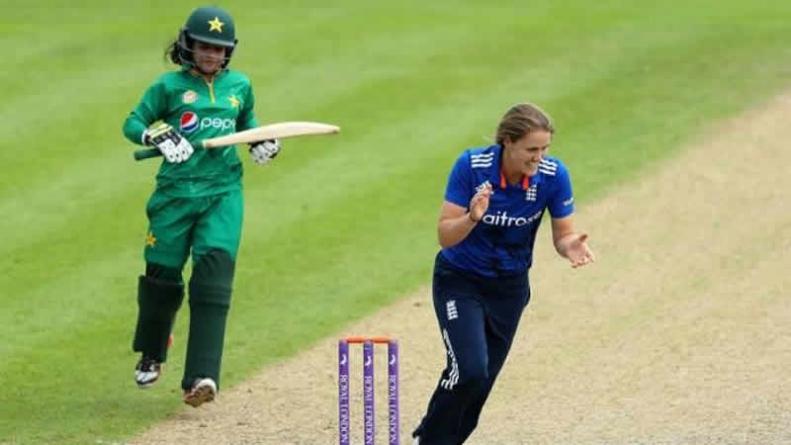 England's Women Run Riot Against Pakistan