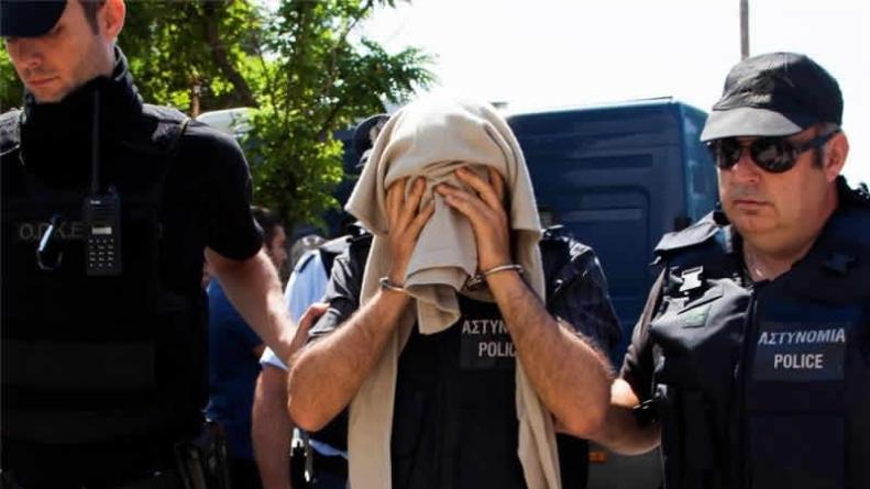 Greek Court Sentences Fugitive Turkish Soldiers
