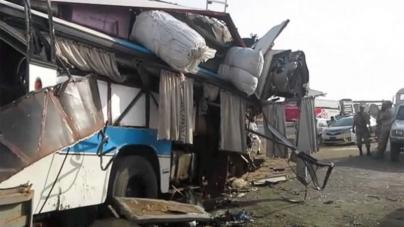 At least 25 killed in Rahim Yar Khan bus collision