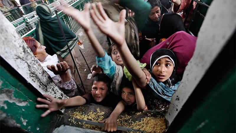 Poverty Pakistan India