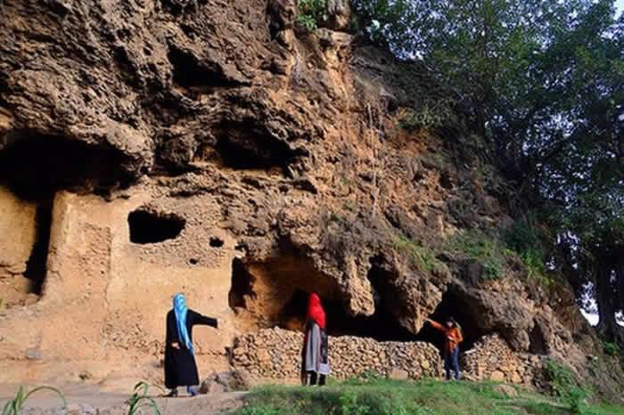 Shah Allah Ditta Caves, Pakistan