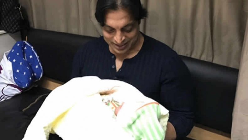 Shoaib Akhtar Blessed With A Baby Boy