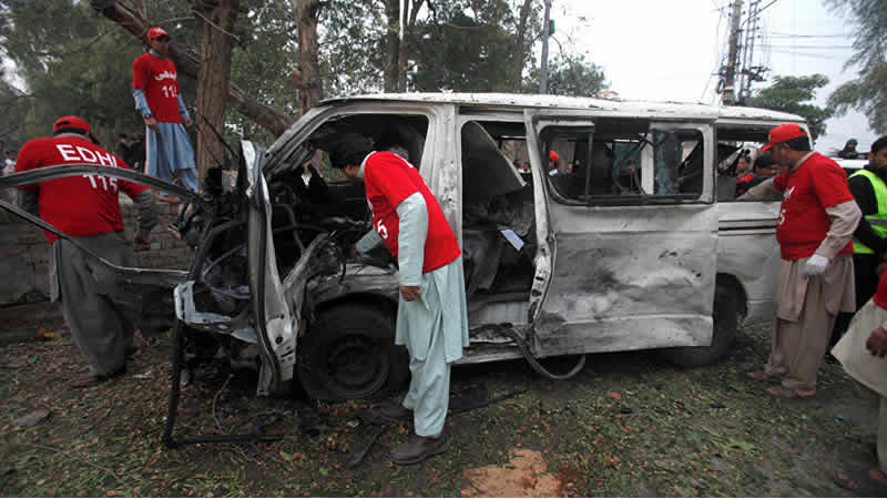'Suicide Bomber' Targets Judges Van In Peshawar, Driver killed