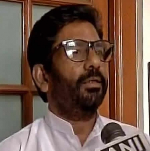 Shiv Sena MP Admits Hitting Air Steward 25 Times With Slipper