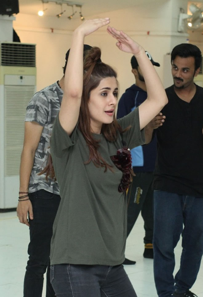 Celebrities Rehearsal for Upcoming Hum Style Awards