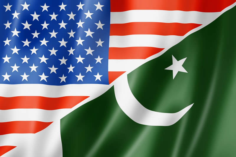 pakistan and american flags