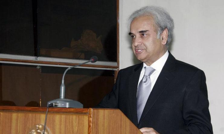 Former CJP Nasirul Mulk to take reigns as caretaker premier