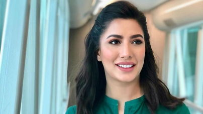 Mehwish Hayat dedicates 'Tamgha-e-Imtiaz' to all girls who have big dreams