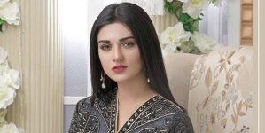 Sarah Khan Lambastes Agha Ali for Breaking Up With Her