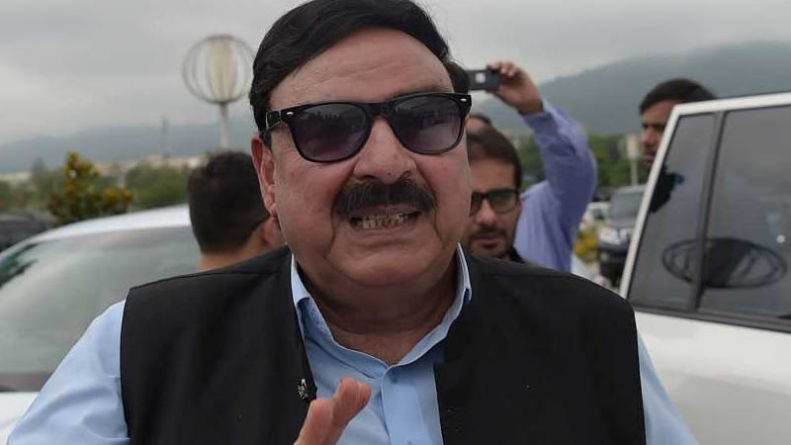 Railways deficit case: SC summons Sheikh Rasheed on January 28