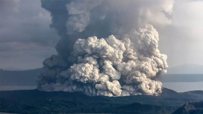 Philippine Government warns of 'explosive eruption' after Taal Volcano spews ash near Manila