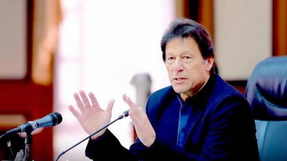PM Imran Urges People to stay Home 'as much as Possible
