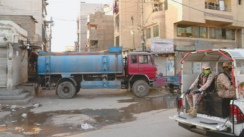 Sindh Govt orders Mobile Testing for coronavirus in Slum Areas