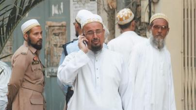Unregistered Citizens in Karachi Denied Relief Amid Coronavirus Crisis