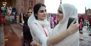 Doctors Call for Celebrating Eid with Simplicity