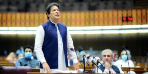 Govt not 'Confused' over Covid-19 Strategy: Imran