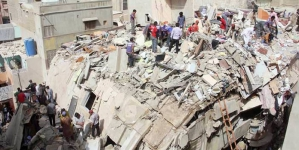 50 Feared Dead in Multi-storey Building Collapse in Lyari