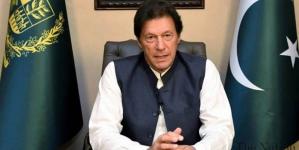 Imran urges Boris to revisit Covid ban decision