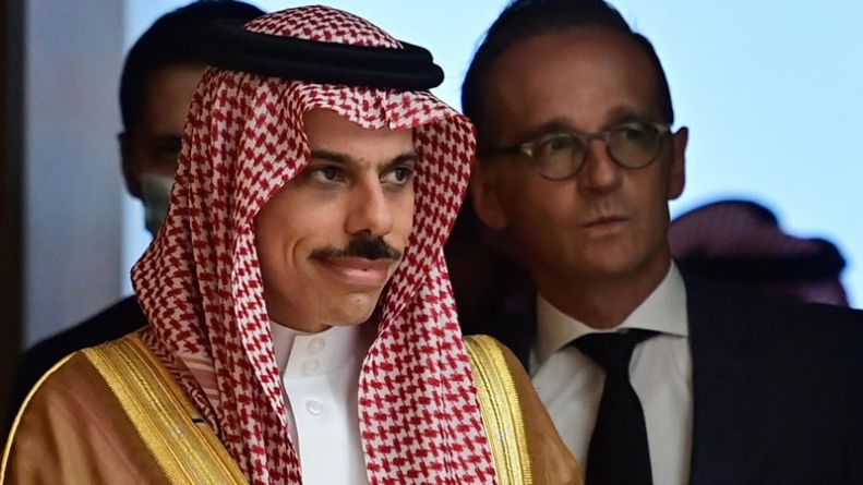 Saudi Arabia says no Israel deal without Palestinian Peace