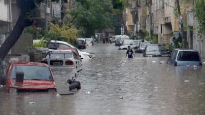 At least 18 Die as Record-breaking Rainfall sinks Karachi Again