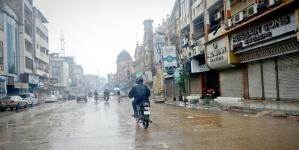 Heavy rains hamper business activities in Karachi