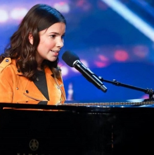 Sirine Jahangir Becomes first British-Pakistani to Reach 'Britain's Got Talent' Semi-finals