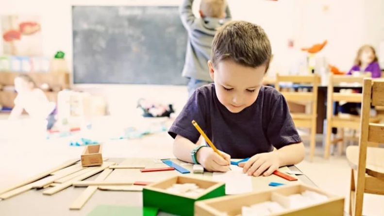 Conflict Brewing in the E-Commerce Arena of Educational Products for Children