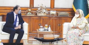 Hasina Calls for Strengthening ties with Pakistan
