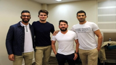 Pakistan Cricketers Leave Managed Isolation after NZ Health official's Approval