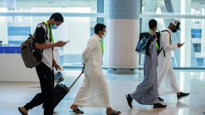 Saudi Arabia Suspends International Flights for a Week