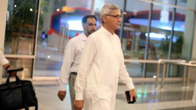 Jahangir Tareen Rejects Rumours of Meeting with Gilani