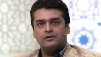 Fakhr-e-Alam survives car crash