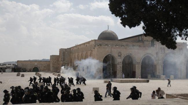 Israeli forces attack Palestinians at Al-Aqsa Mosque