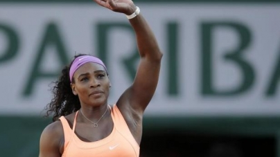 Ailing Serena Beats Bacsinszky to Reach French Open Final