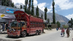 One Truck Return From Indian-Held Kashmir