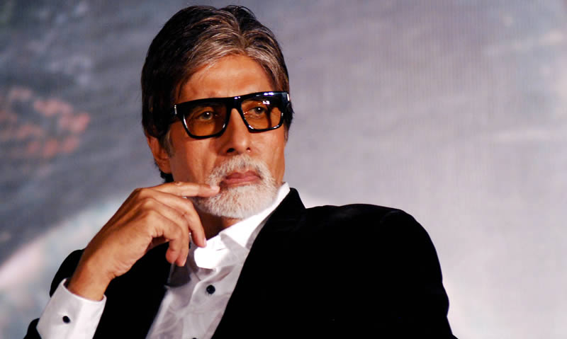 Amitabh to Commentate in India-Pakistan World Cup Match
