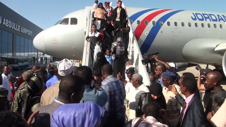 Somalia refugees return home from Yemen