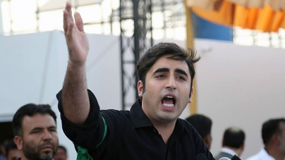 Bilawal Meets Corps Commander to Discuss 'Tough Issues'