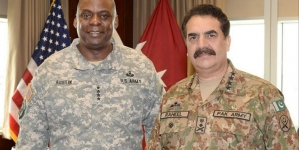 COAS in US: Army Praised for Zarb-E-Azb, Fight Against Terror