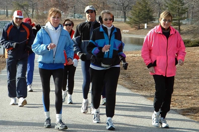 Daily One Minute Walk Can Be 'Life Saving'