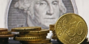Dollar Sell-Off Takes A Pause, Kiwi Hit Hardest