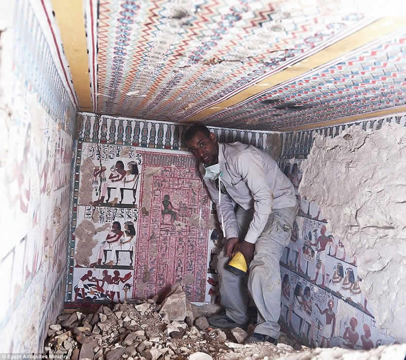 Egyptian ancient tombs