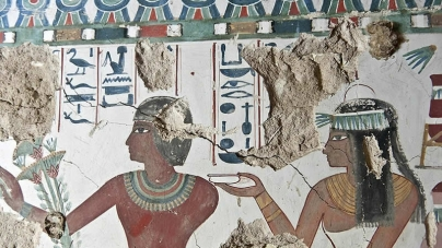American Archaeologists unearth Stunning Egyptian Tombs in Luxor Featuring Intricate