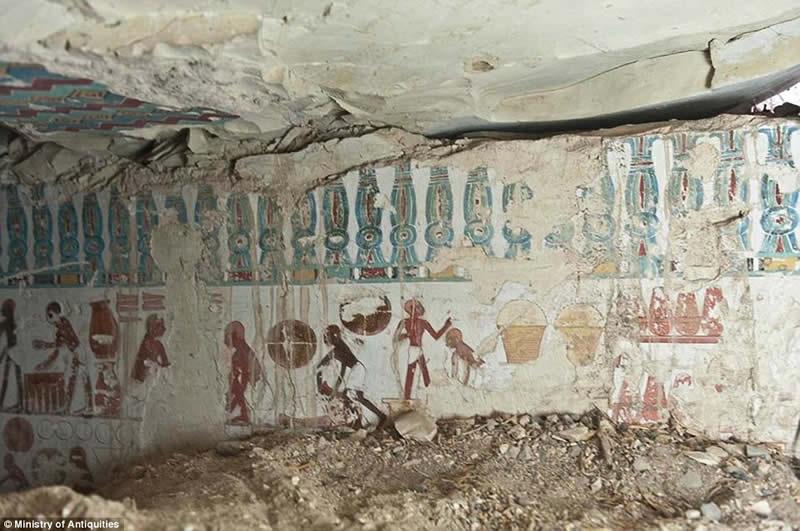 Egyptian tombs unseen photo