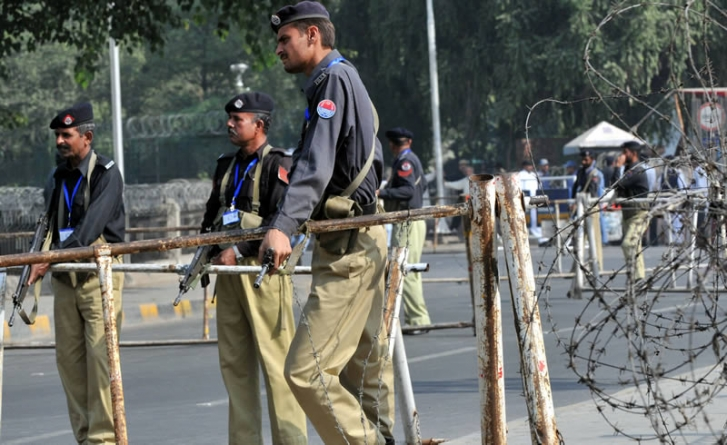 25 Cops Go Missing After Clashes With Rajanpur Gangsters