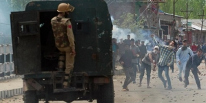 2 Indian Policemen Arrested in Killing of Kashmiri Youth