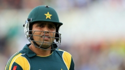 Kamran Akmal Caught On Road